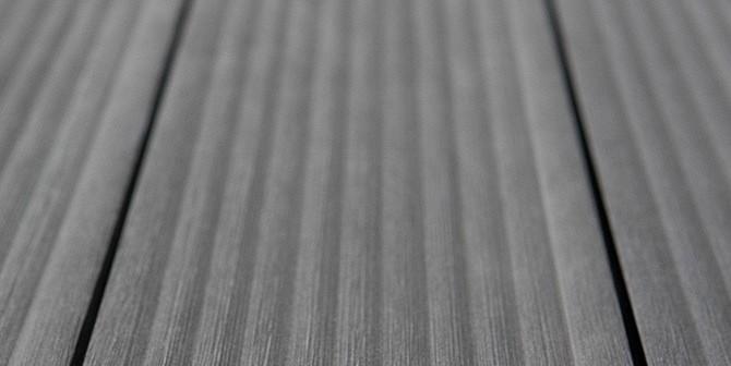tavole di terazze WPC - aspetto legno naturale